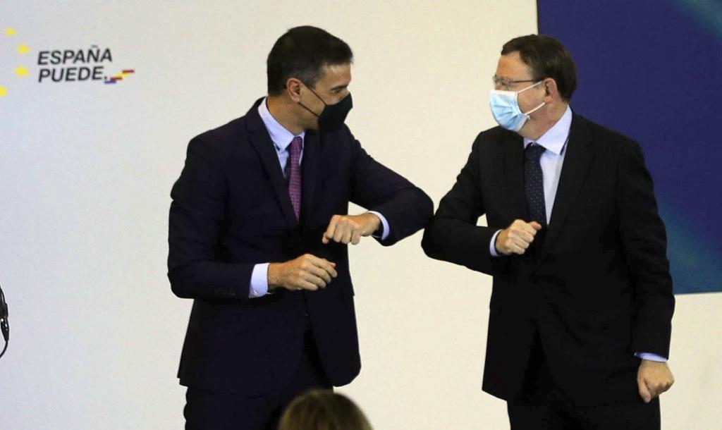 El presidente del Gobierno, Pedro Sánchez, con el jefe del Consell, Ximo Puig.