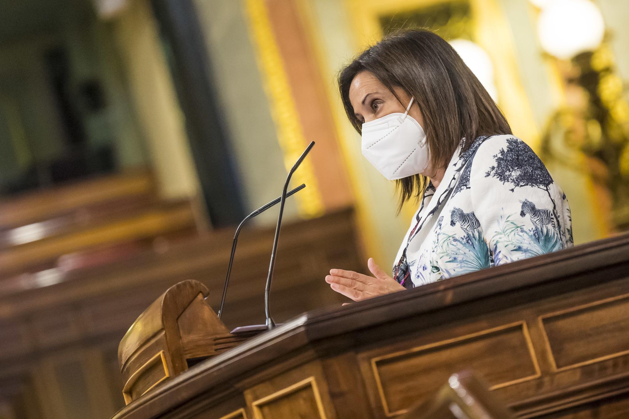 La ministra de Defensa, Margarita Robles, ese miércoles, en el Congreso.