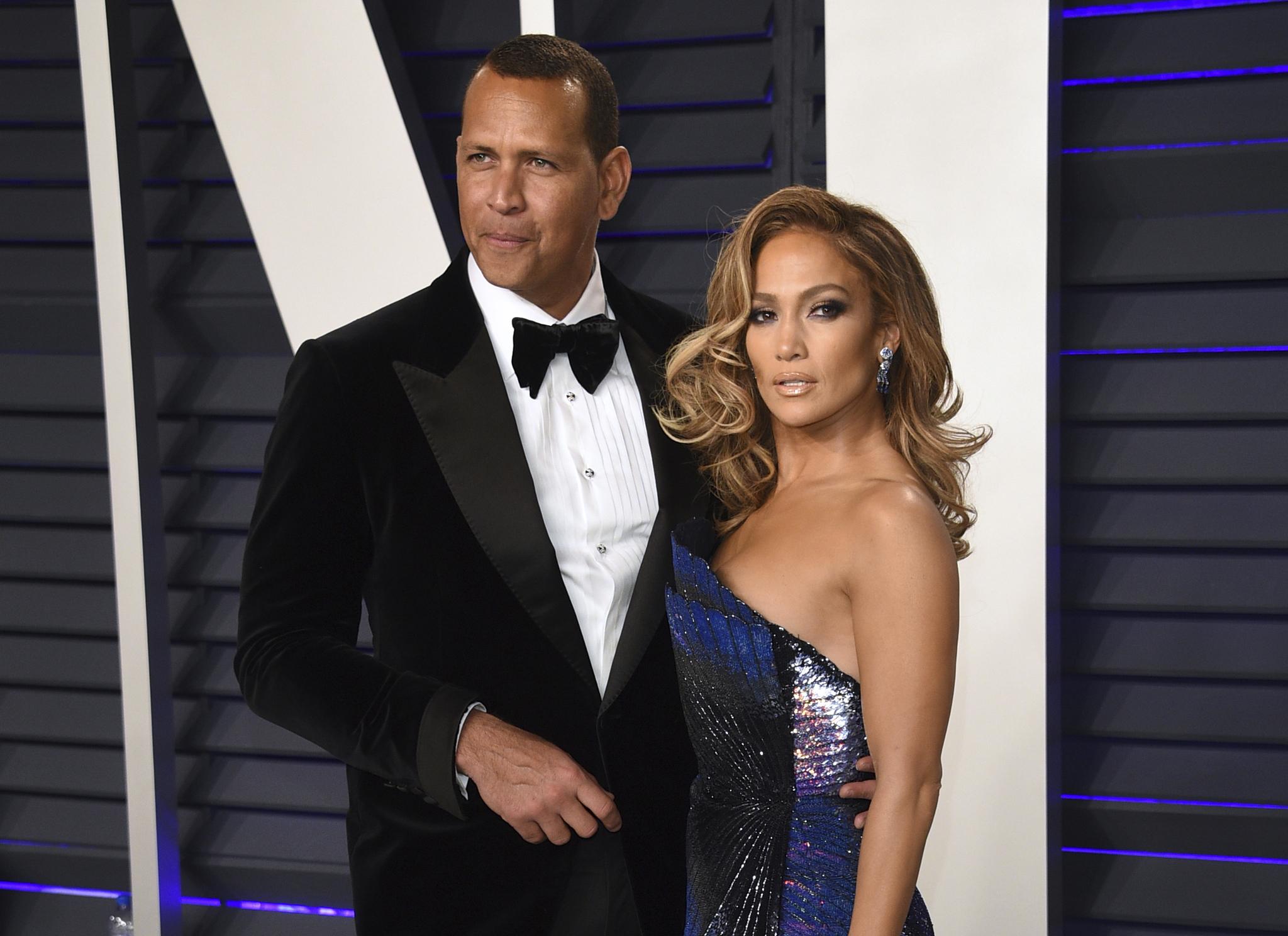 Jennifer Lopez y Álex Rodríguez confirman su separación   Celebrities