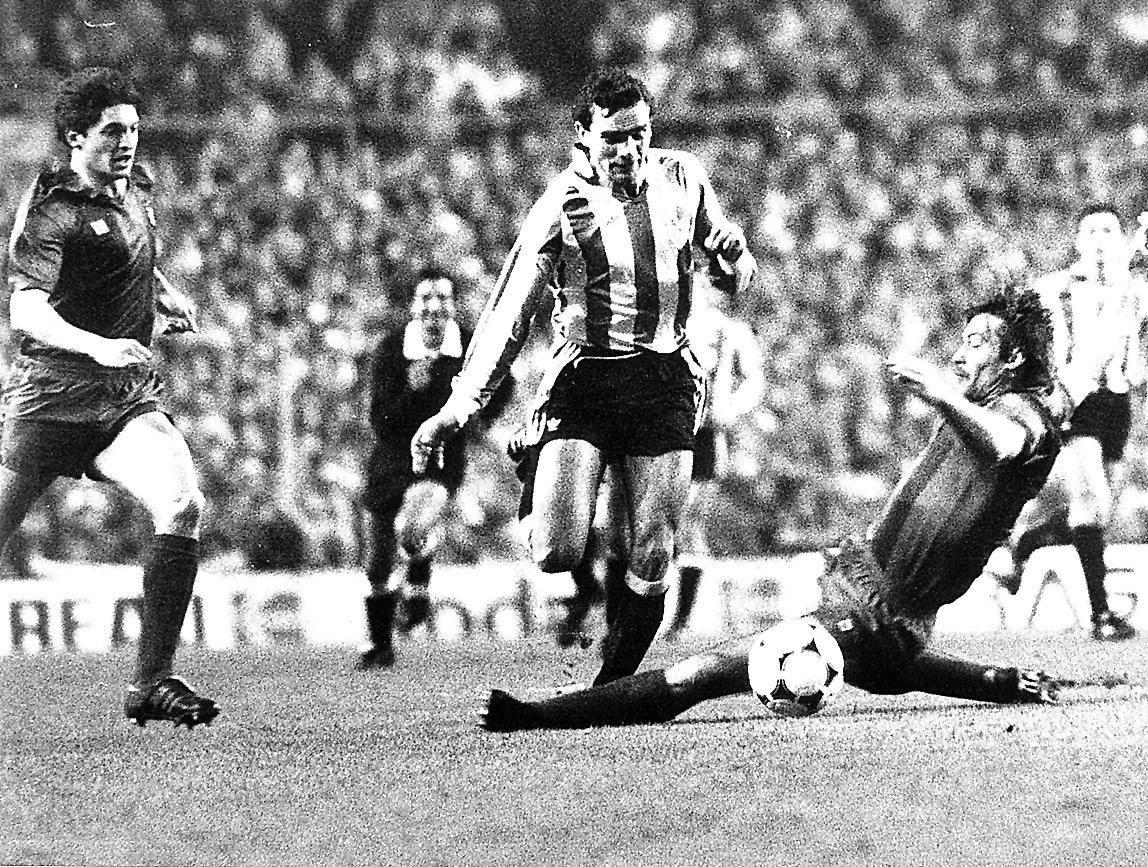Migueli entra a Gallego en las semifinales de Copa de la temporada 85-86.