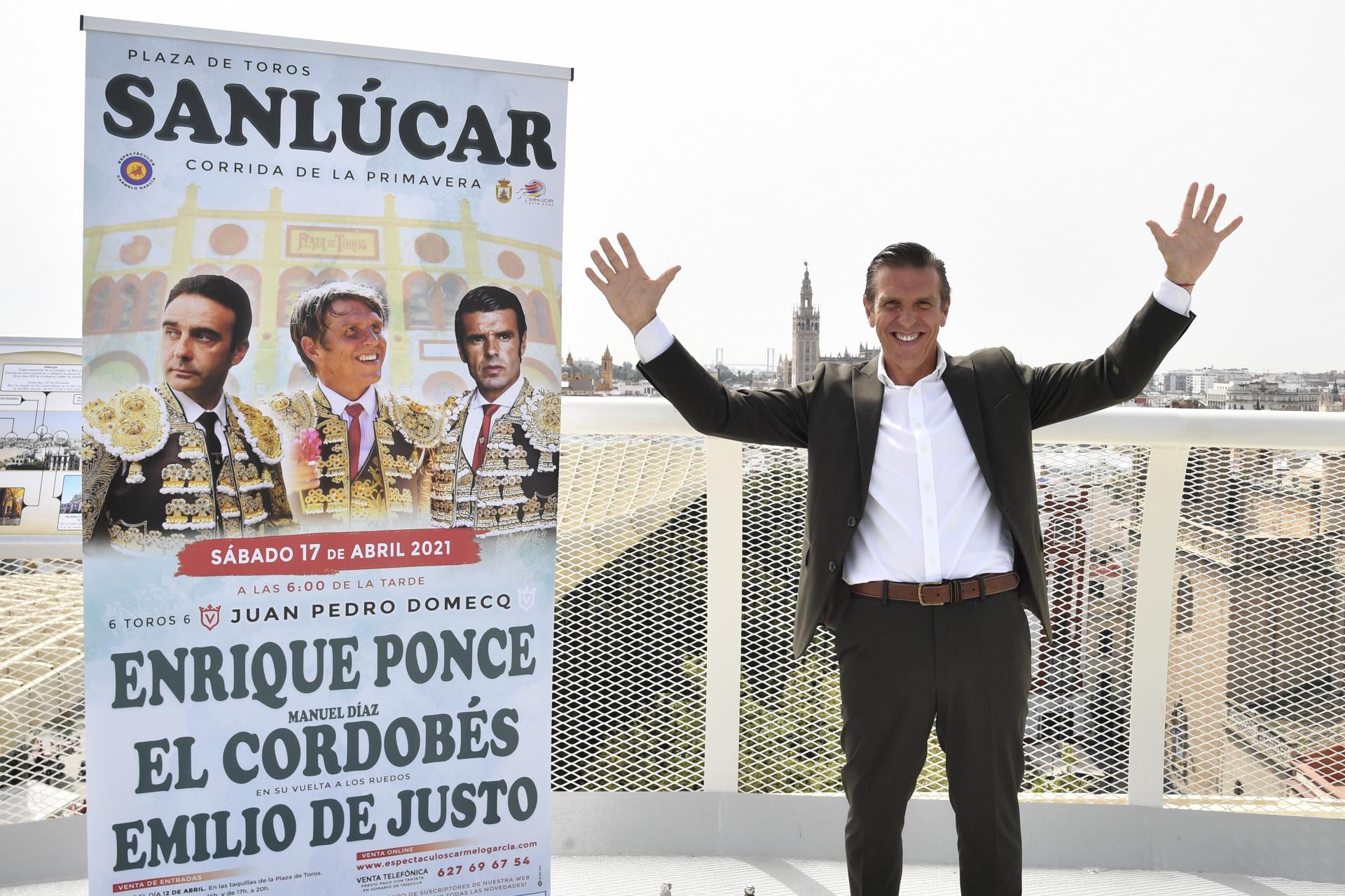 Manuel Díaz, 'El Cordobés', en la rueda de prensa de su vuelta a los ruedos.