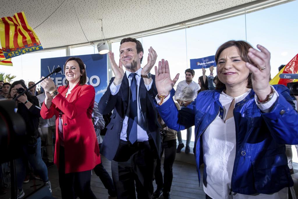 María J. Catalá, Pablo Casado e Isabel Bonig.