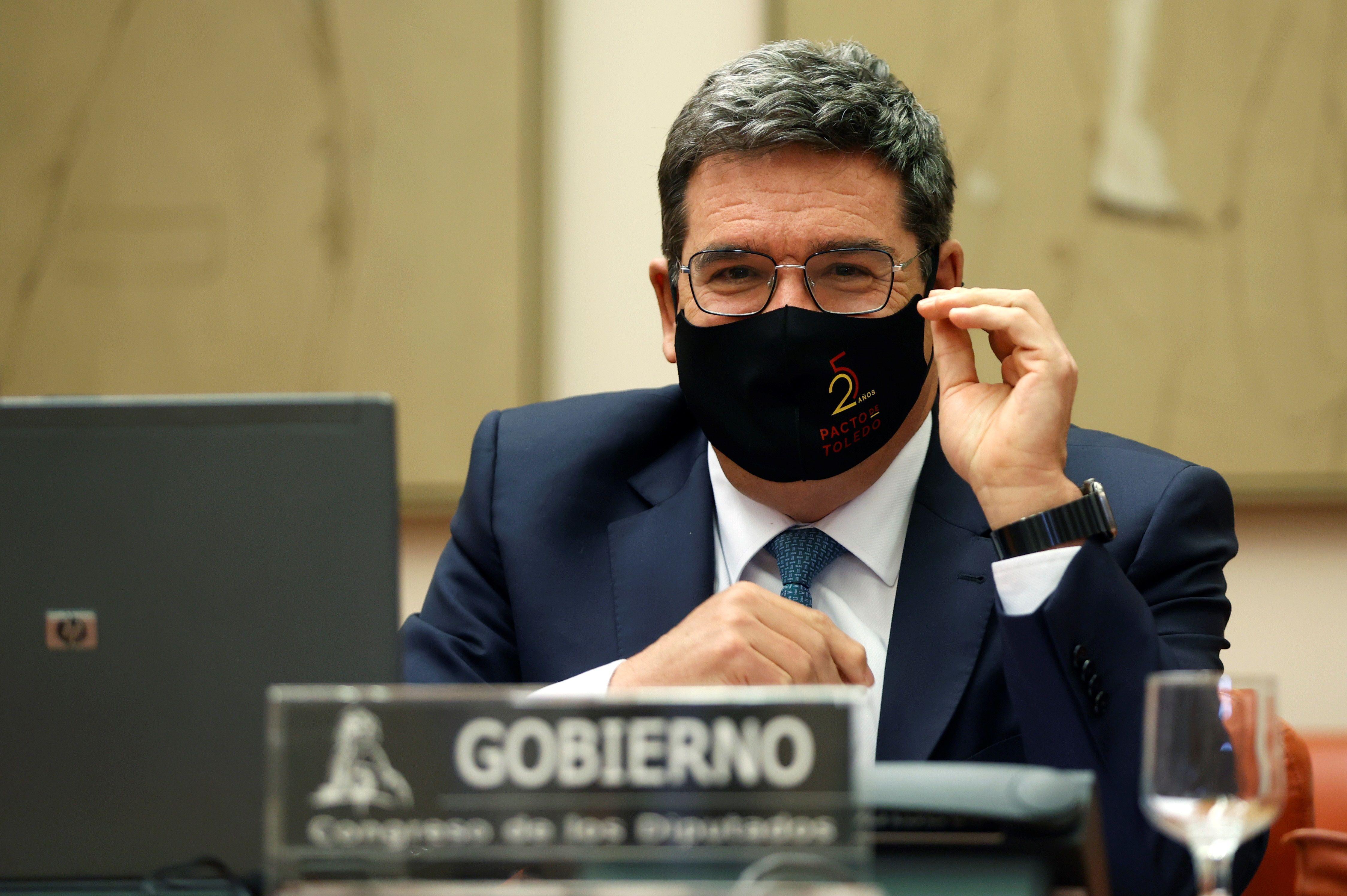 El ministro de Seguridad Social José Luis Escrivá, en la comisión del Pacto de Toledo donde explicó su propuesta de incentivos.
