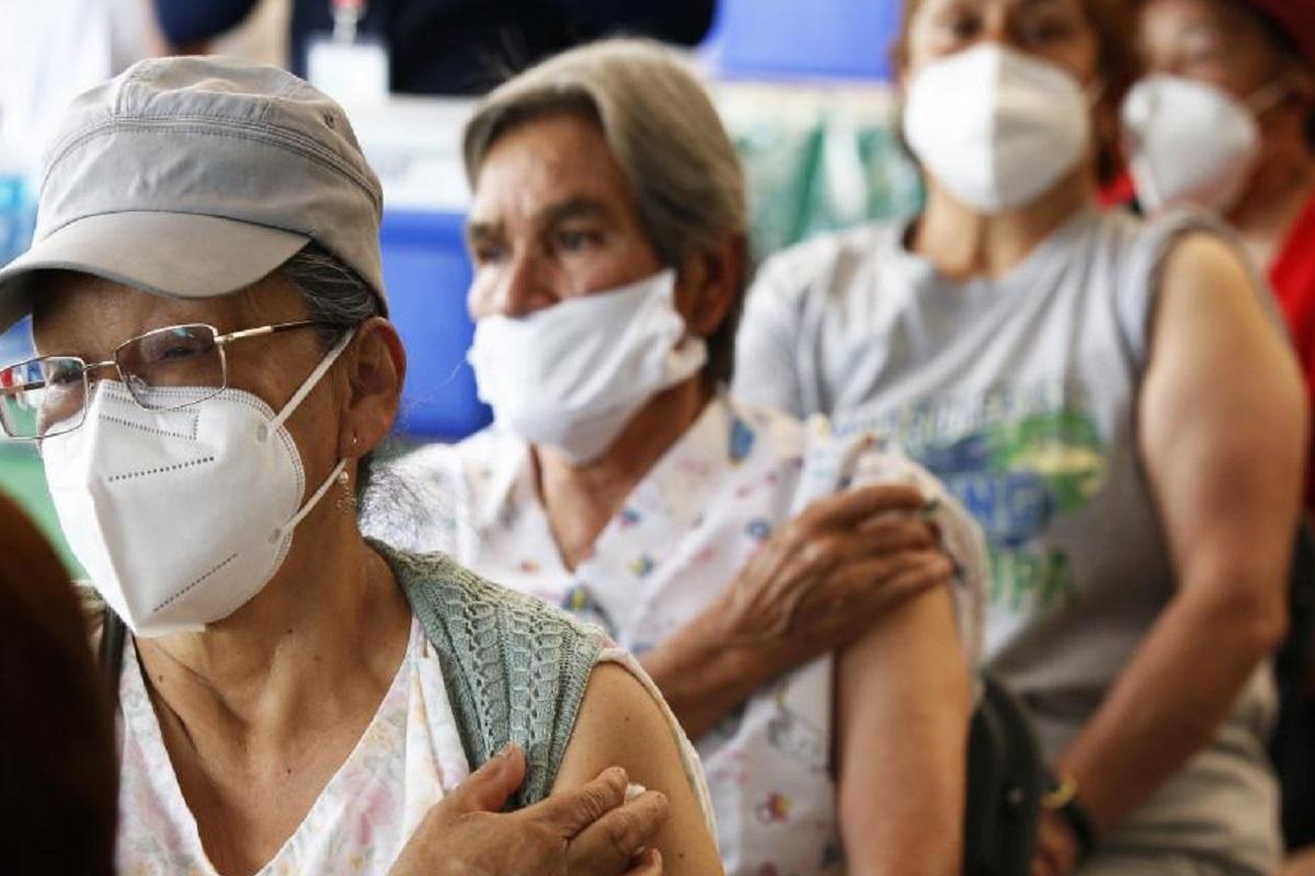 Coronavirus España hoy, noticias de última hora | La Comunidad Valenciana llamará de nuevo a quienes no han ido a vacunarse con AstraZeneca