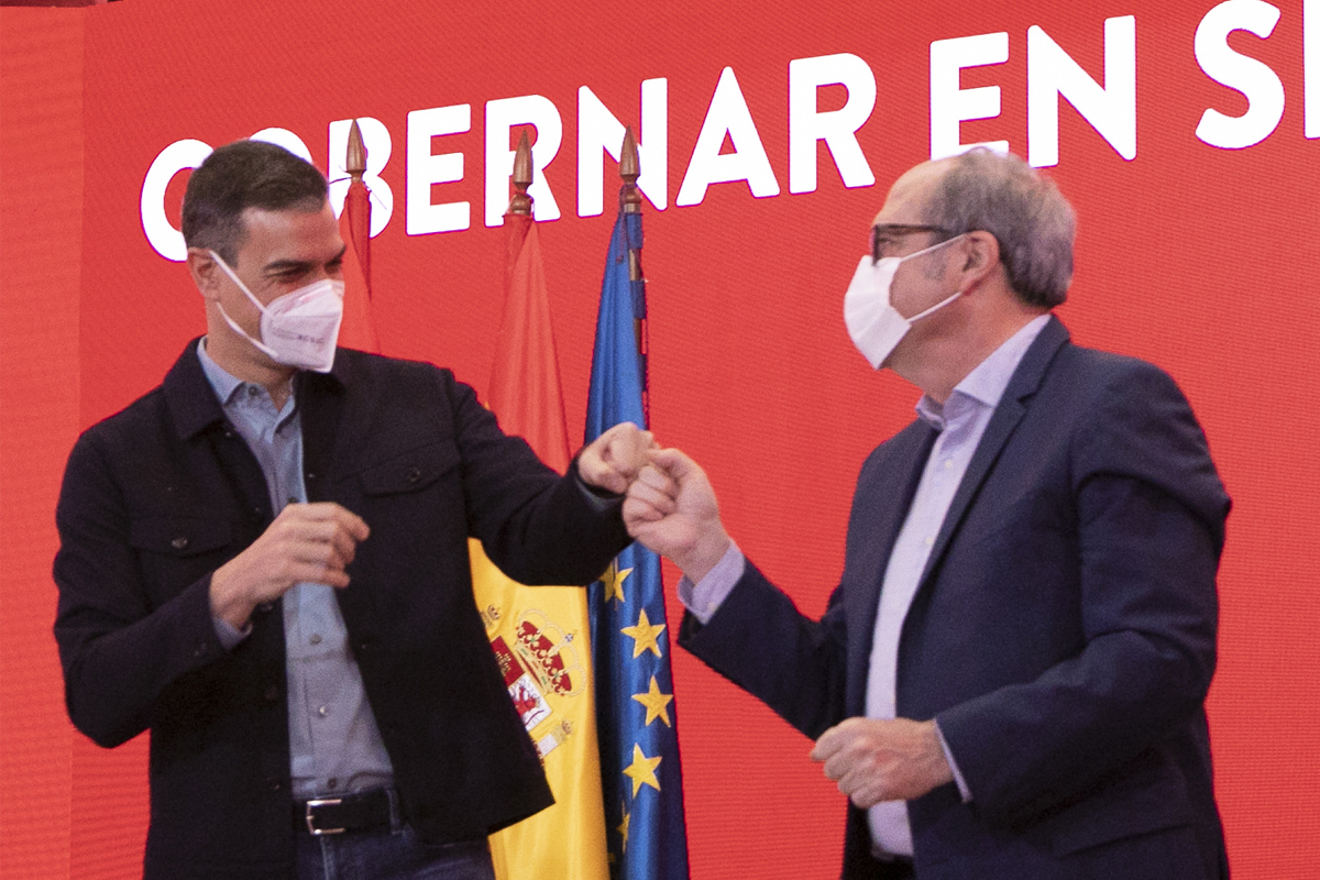 2015-21 SÁNCHEZ TOMA EL CONTROL DE MADRID. Gómez se negaba a irse en 2015, cuando las encuestas situaban al PSOE empatado o por debajo de Podemos. El nuevo líder, Pedro Sánchez, dio un golpe de mano y disolvió los órganos regionales del partido. El nuevo candidato, Ángel Gabilondo, se quedó en 2015 a un escaño de superar, con Podemos, a PP y Ciudadanos.