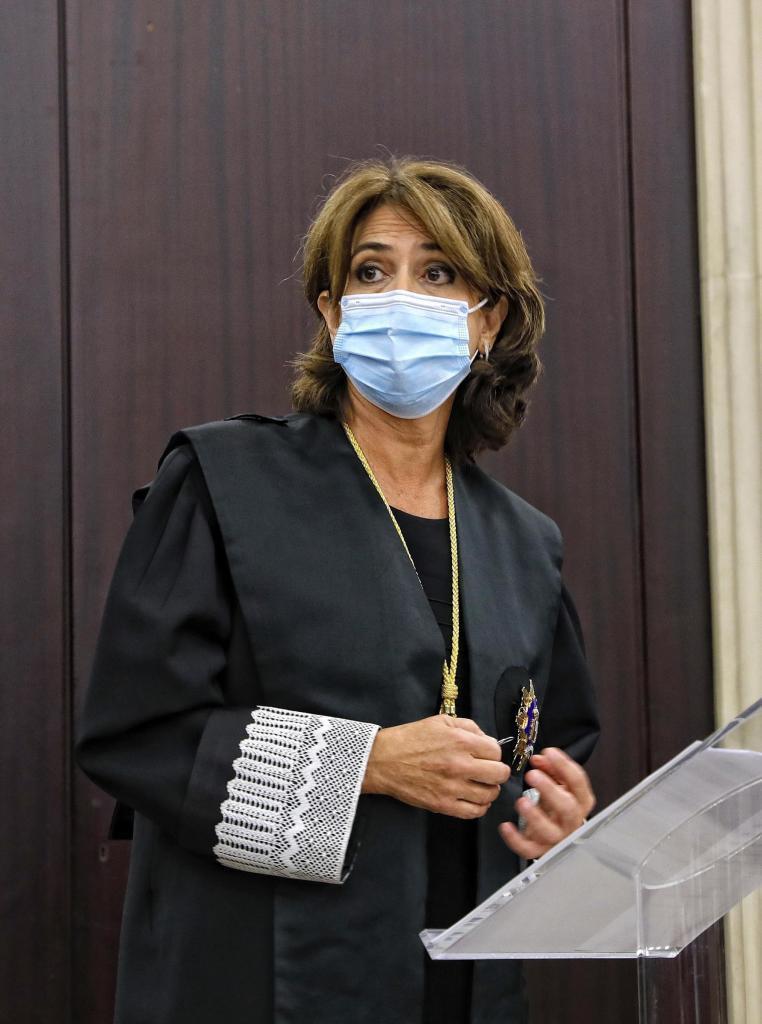Dolores Delgado, en la toma de posesión de tres nuevos fiscales jefes en Cataluña.