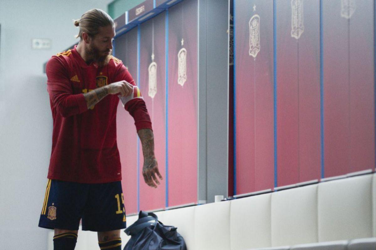 Sergio Ramos en el vestuario de la Selección Española de Fútbol.