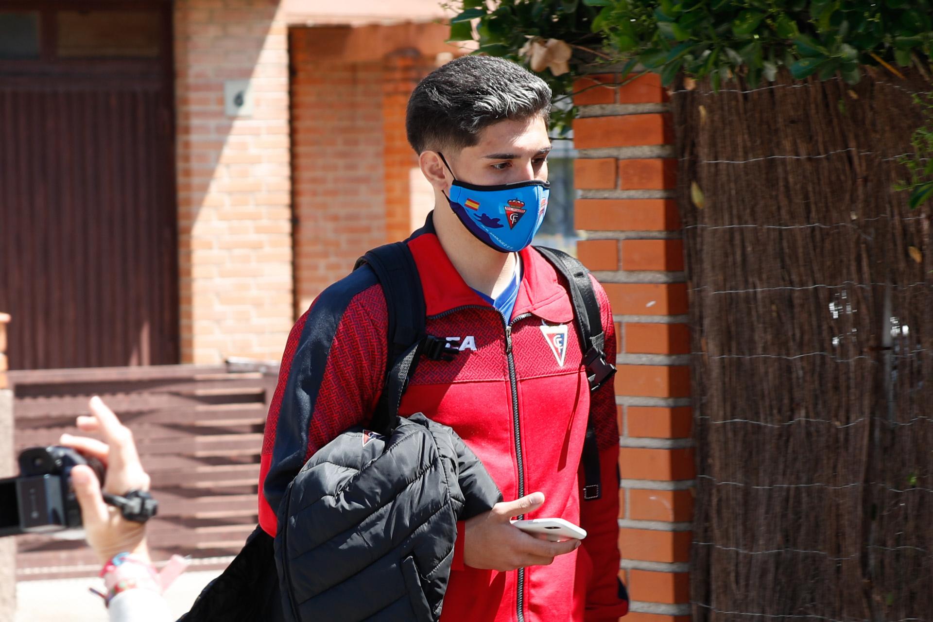 Brayan Mejía, lateral izquierdo del Aranjuez y novio de Julia Janeiro.