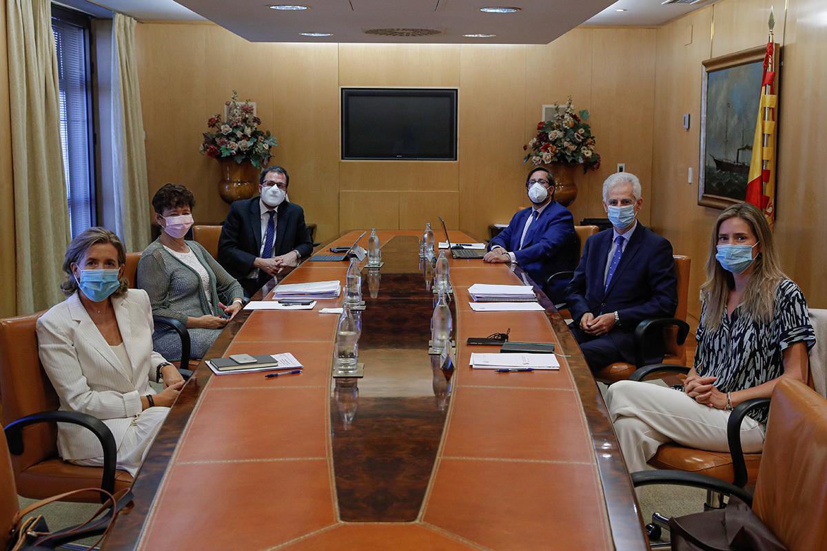 Los seis miembros del Consejo Gestor de la SEPI.