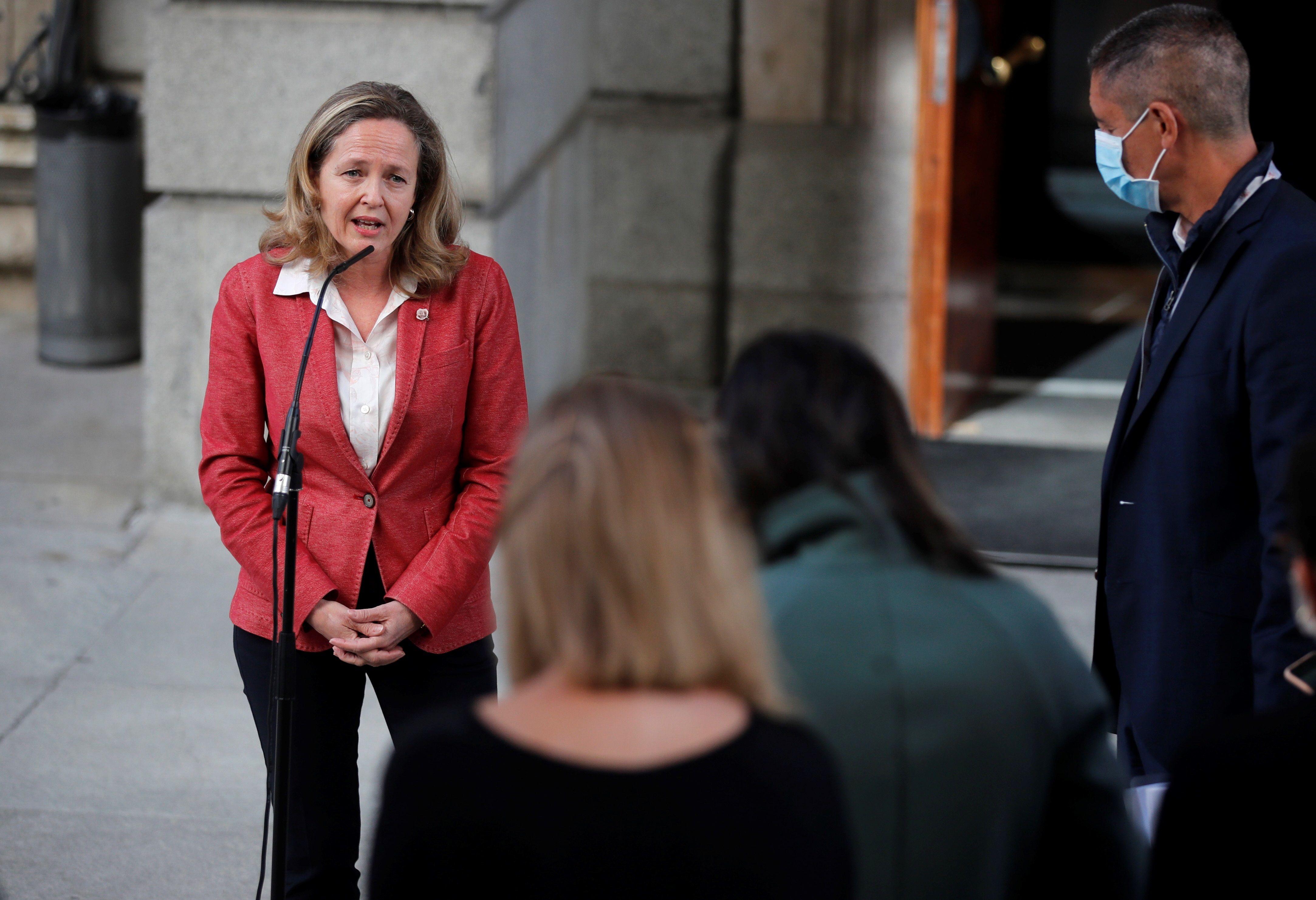 La vicepresidenta de Asuntos Económicos, Nadia Calviño, ayer en el Congreso.