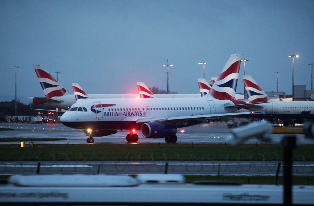 Aviones de British Airways en el aeropuerto de Heathrow, Londres.