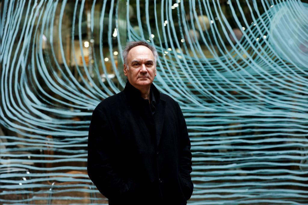 """Hervé Le Tellier: """"No se puede descartar que seamos seres virtuales"""""""