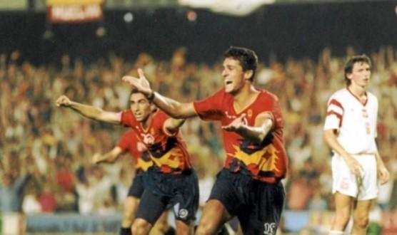 Kiko celebra el gol que dio el oro a España en fútbol.