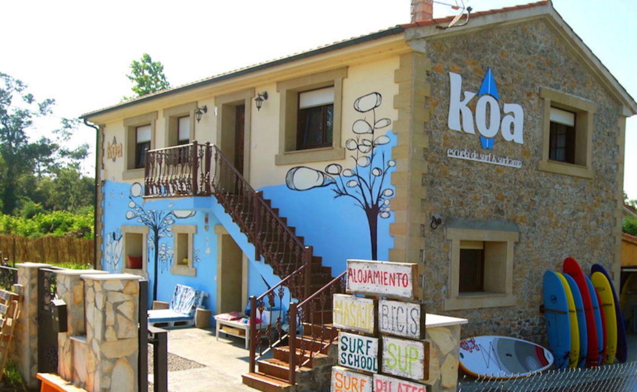 La Koa House, sede de la escuela, dispone de un par de habitaciones para alojarse.