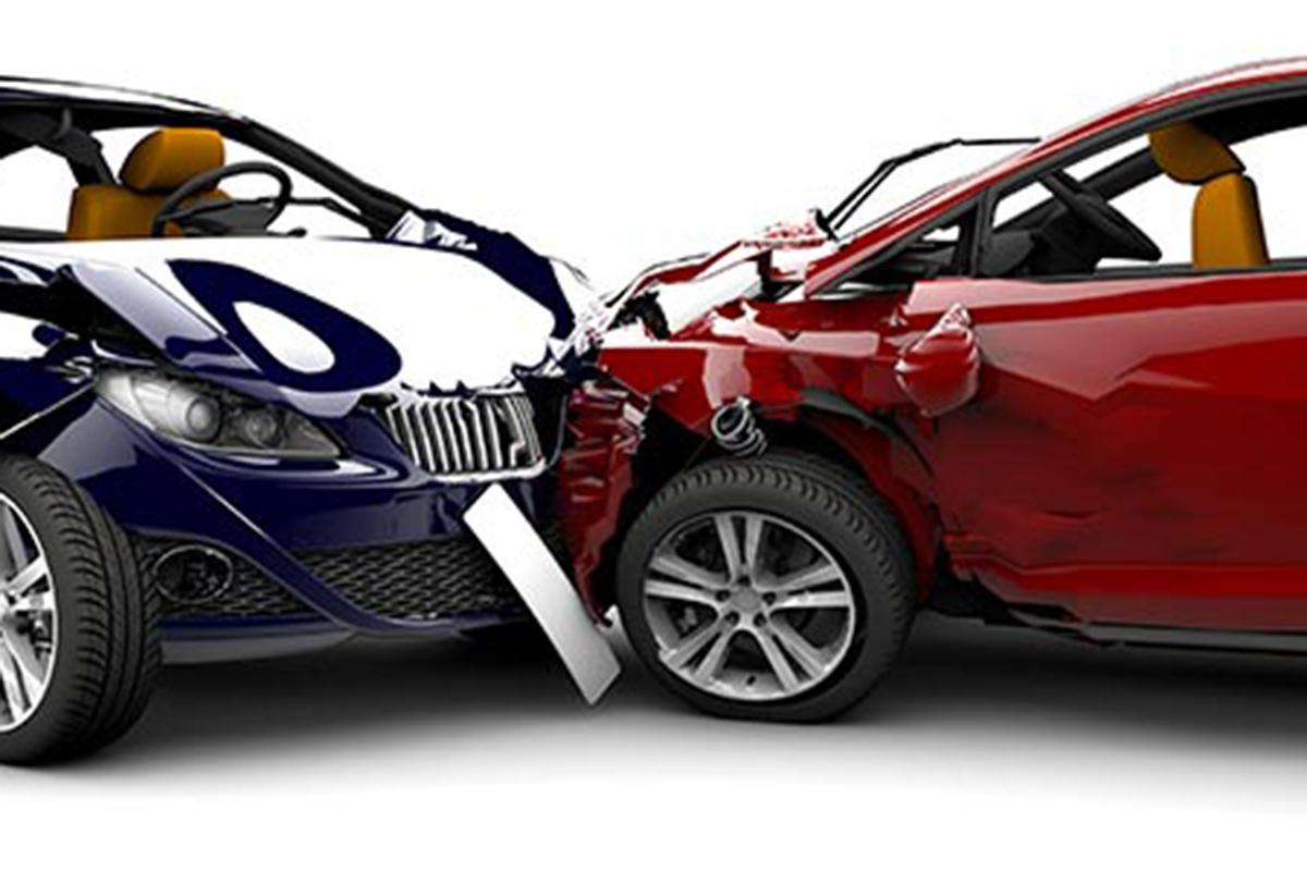Contratar un seguro de coche es hasta un 44% más barato si se hace con un corredor