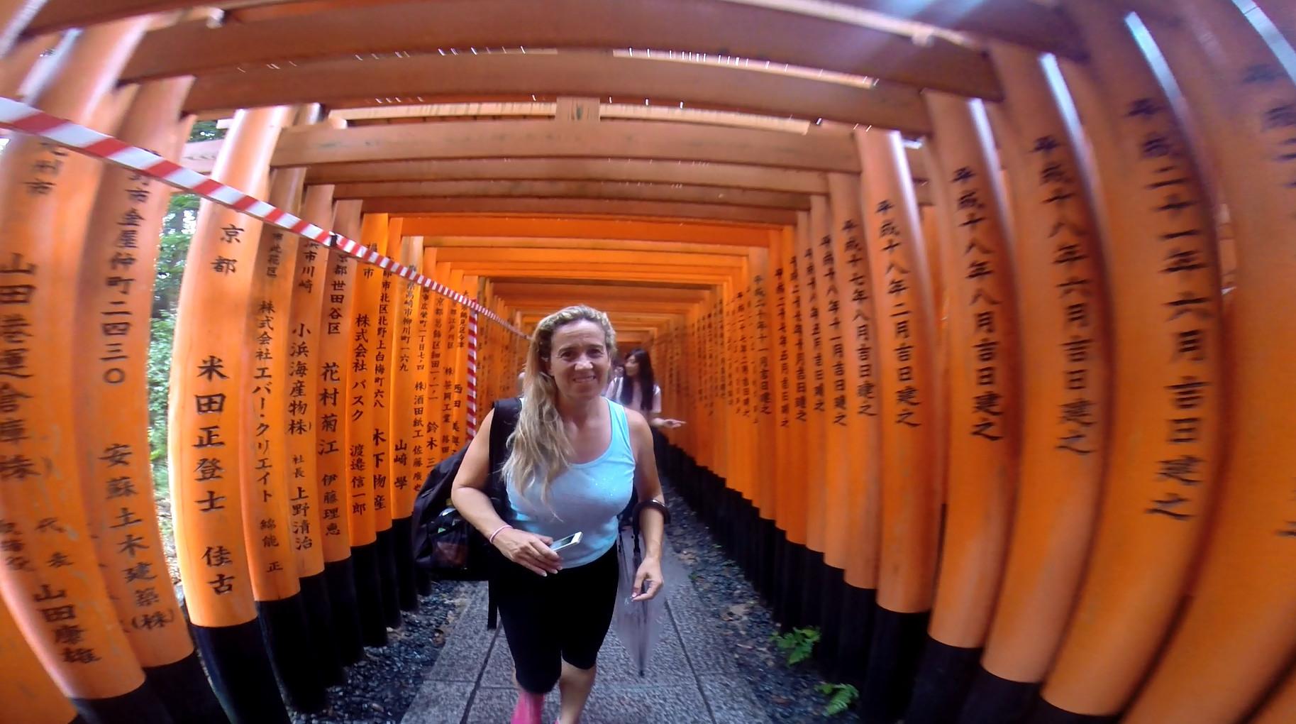 Elisabeth durante un viaje a Japón.