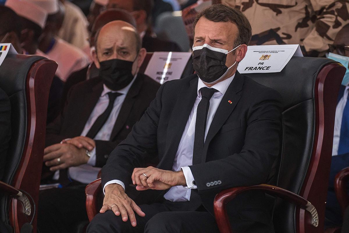 Macron, en el funeral del presidente de Chad.