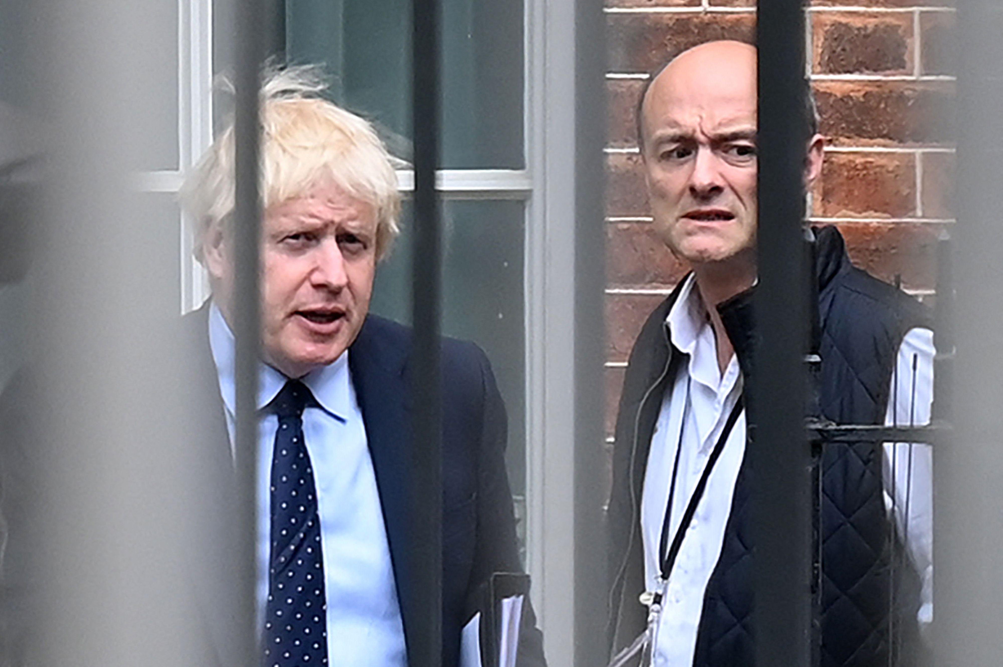 Boris Johnson y Dominc Cummings en 2019.