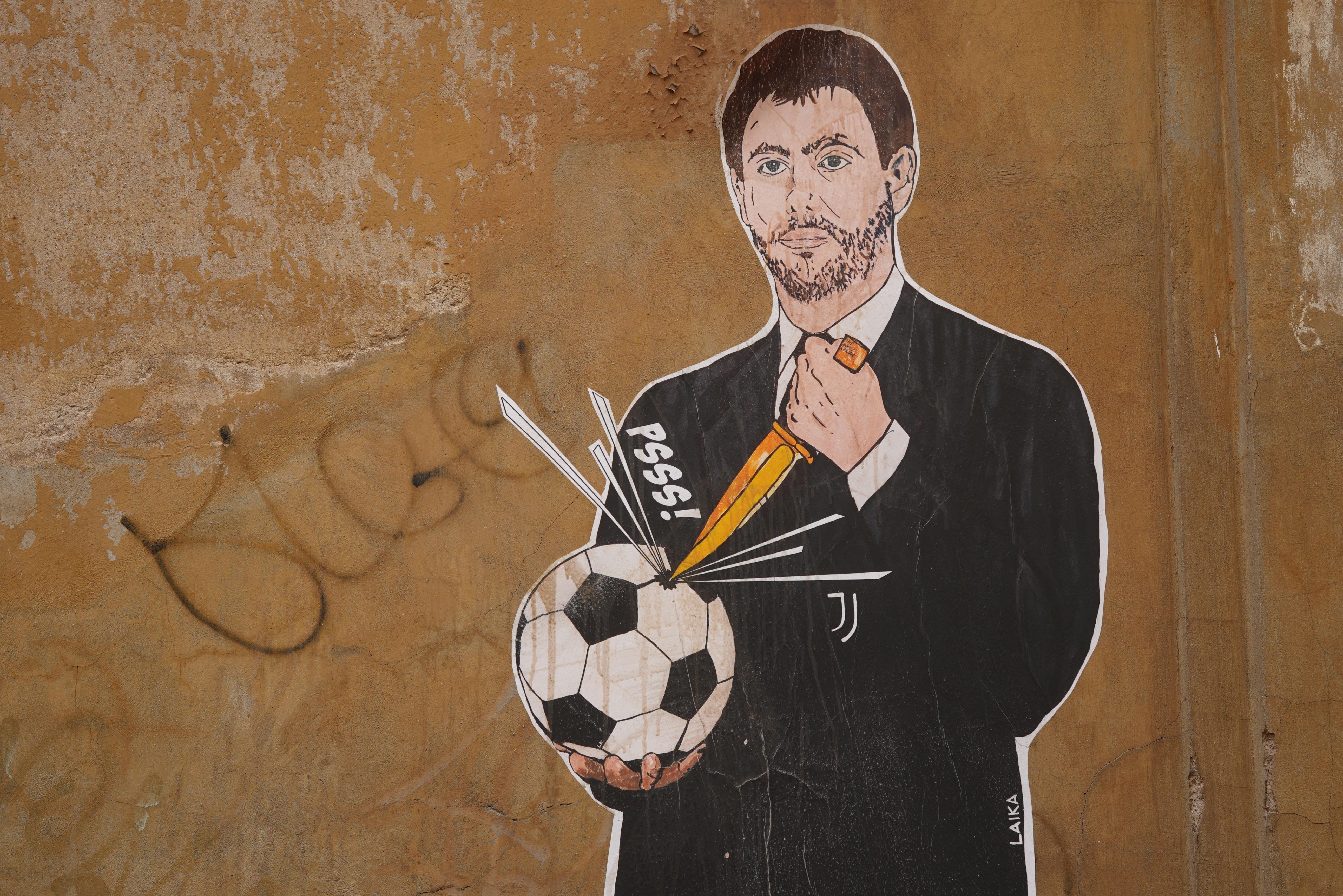 Un Mural de Agnelli, presidente de la Juve
