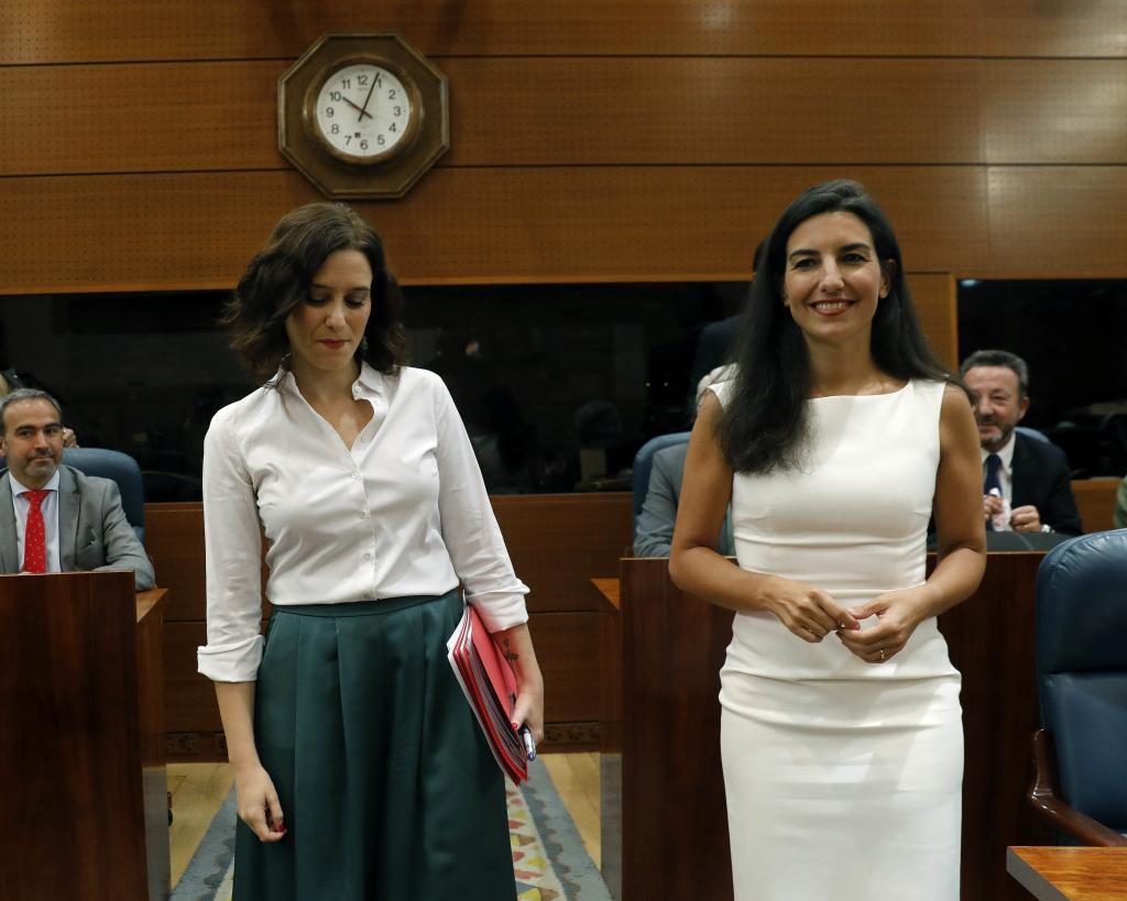 Ayuso y Monasterio en una imagen de 2019, en la Asamblea de Madrid.