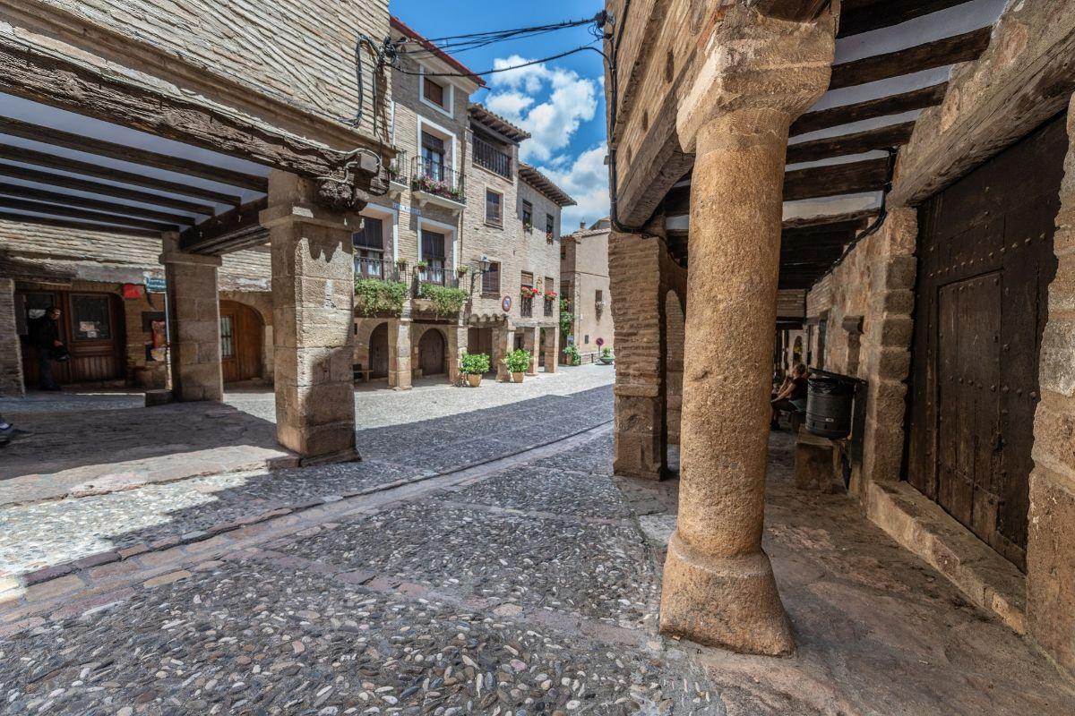 Calle de Alquézar.