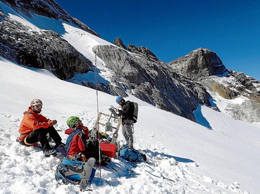 Sondeos en el glaciar de Monte Perdido para datar su edad