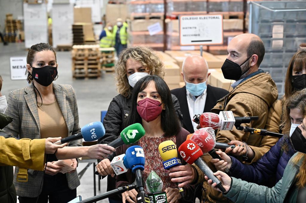 La Delegada del Gobierno, Mercedes González, durante un comparecencia este pasado martes en Alcalá de Henares.