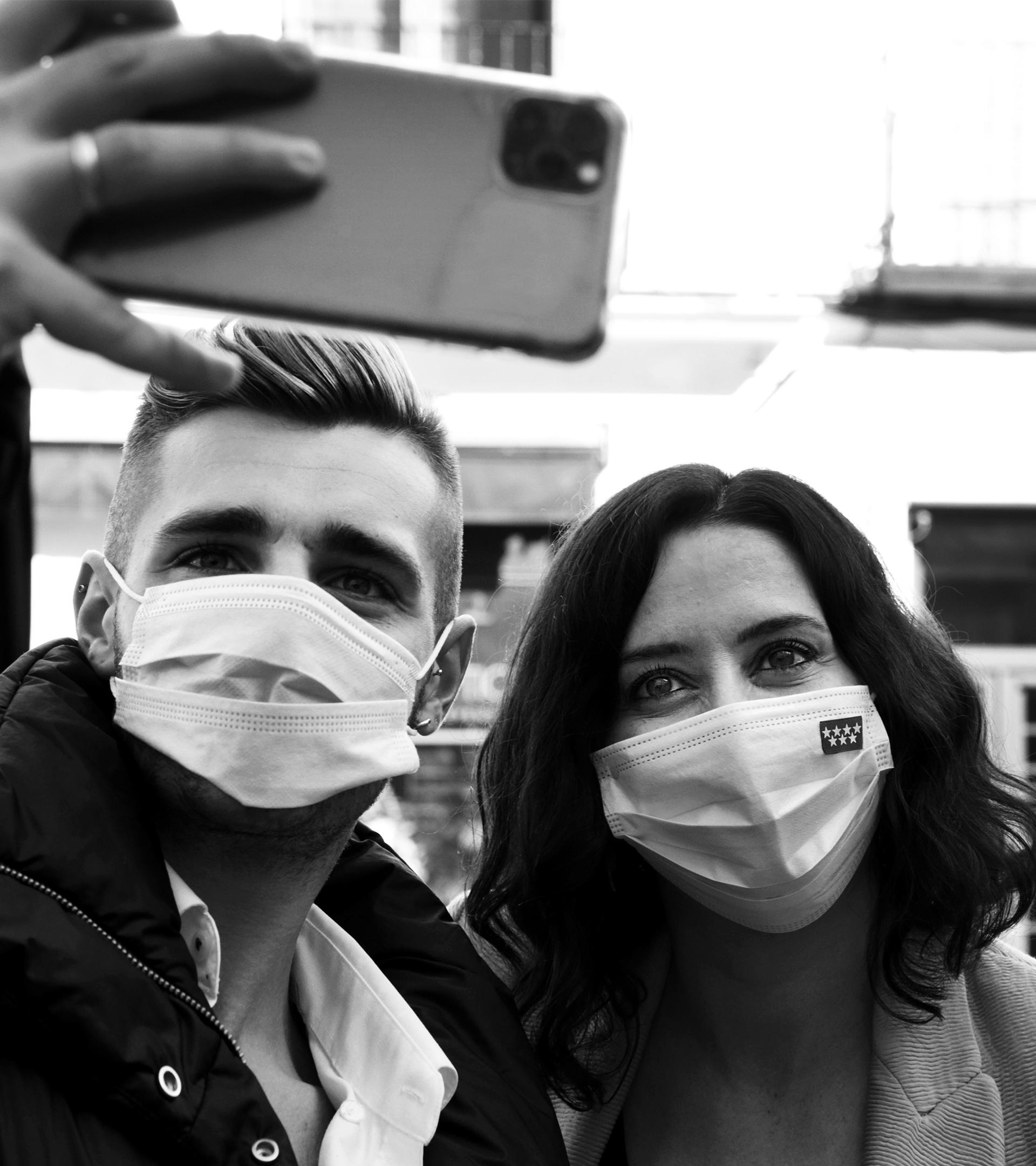 La fotografía no oficial de la campaña del 4-M: el presagio de lo que viene