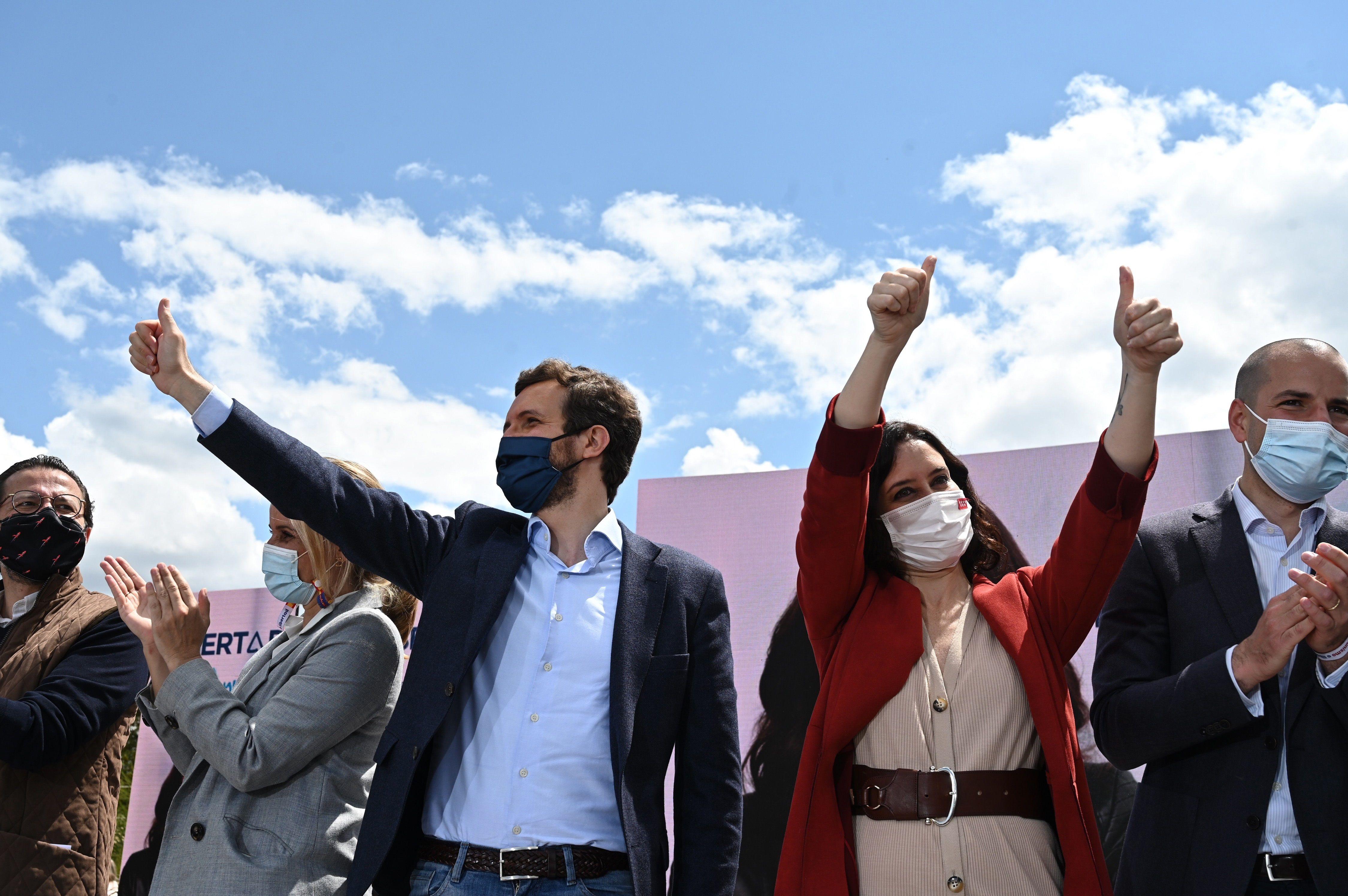 Pablo Casado e Isabel Díaz Ayuso, en un acto del PP.