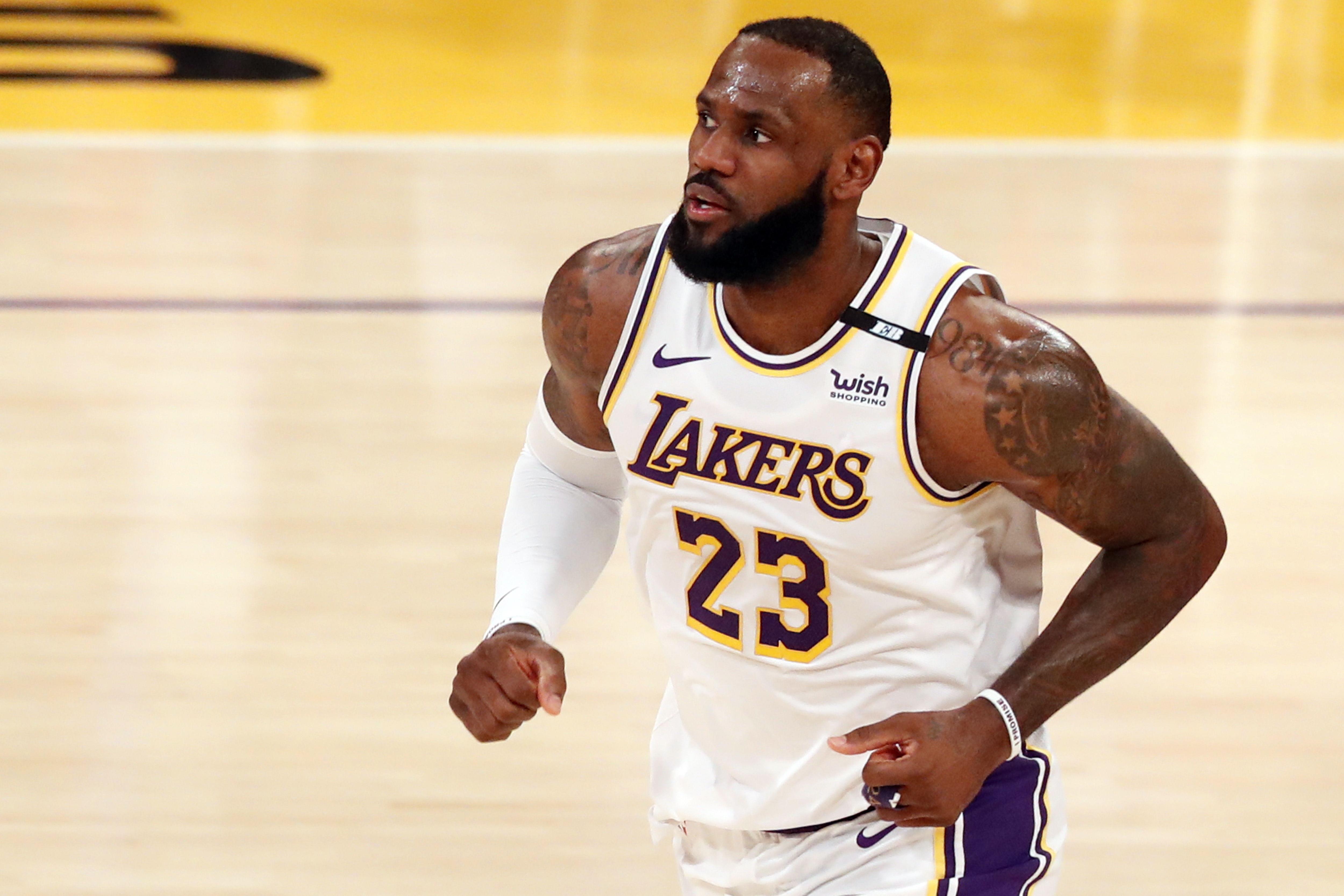LeBron, durante el último partido de los Lakers.