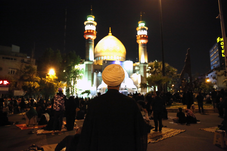Ceremonia religiosa en Teherán.