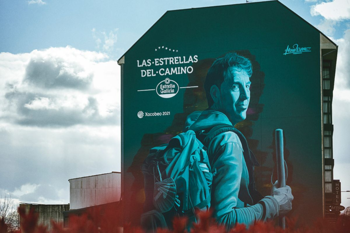 La obra sobre Antón Pombo, en Arzúa.