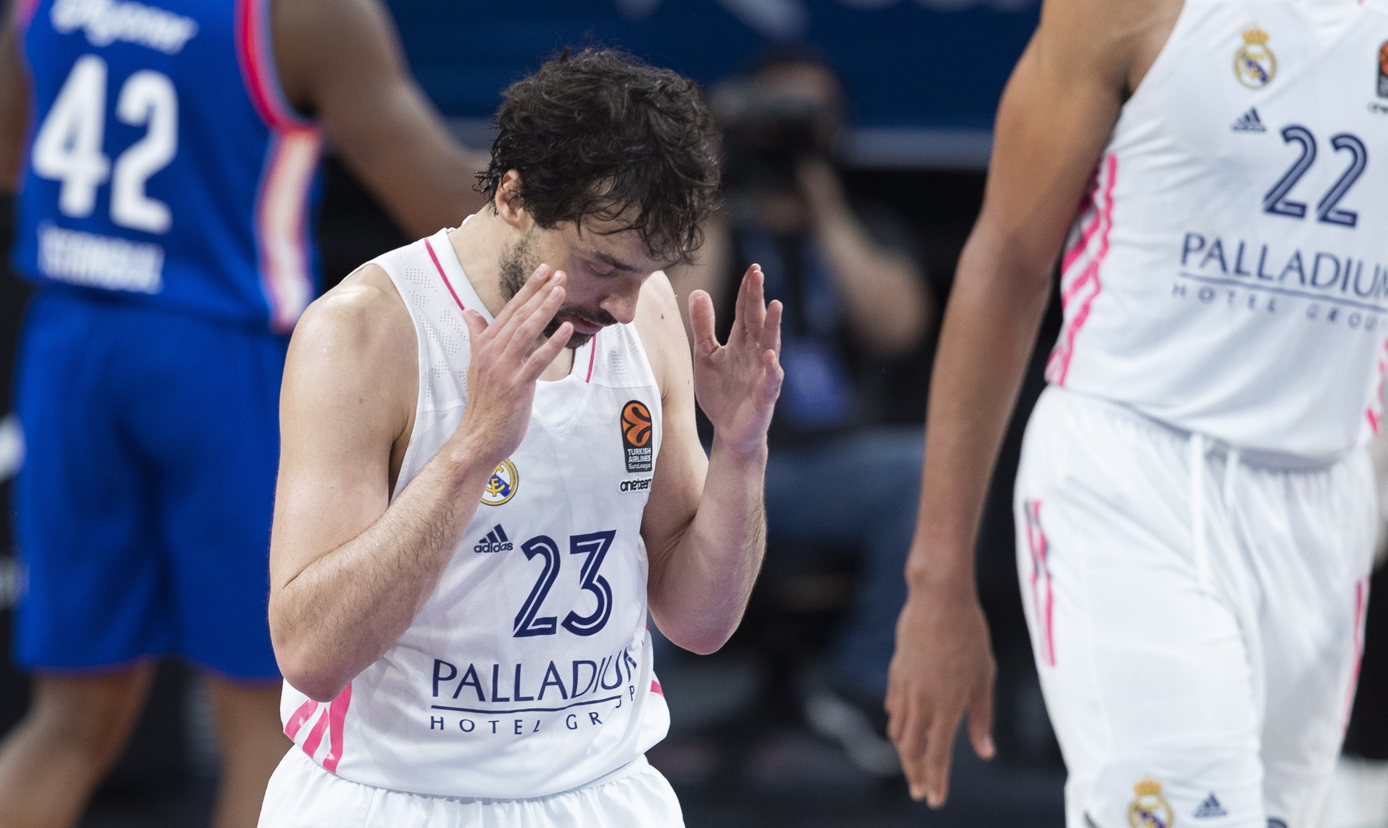 Llull, tras la derrota en el quinto en Estambul.