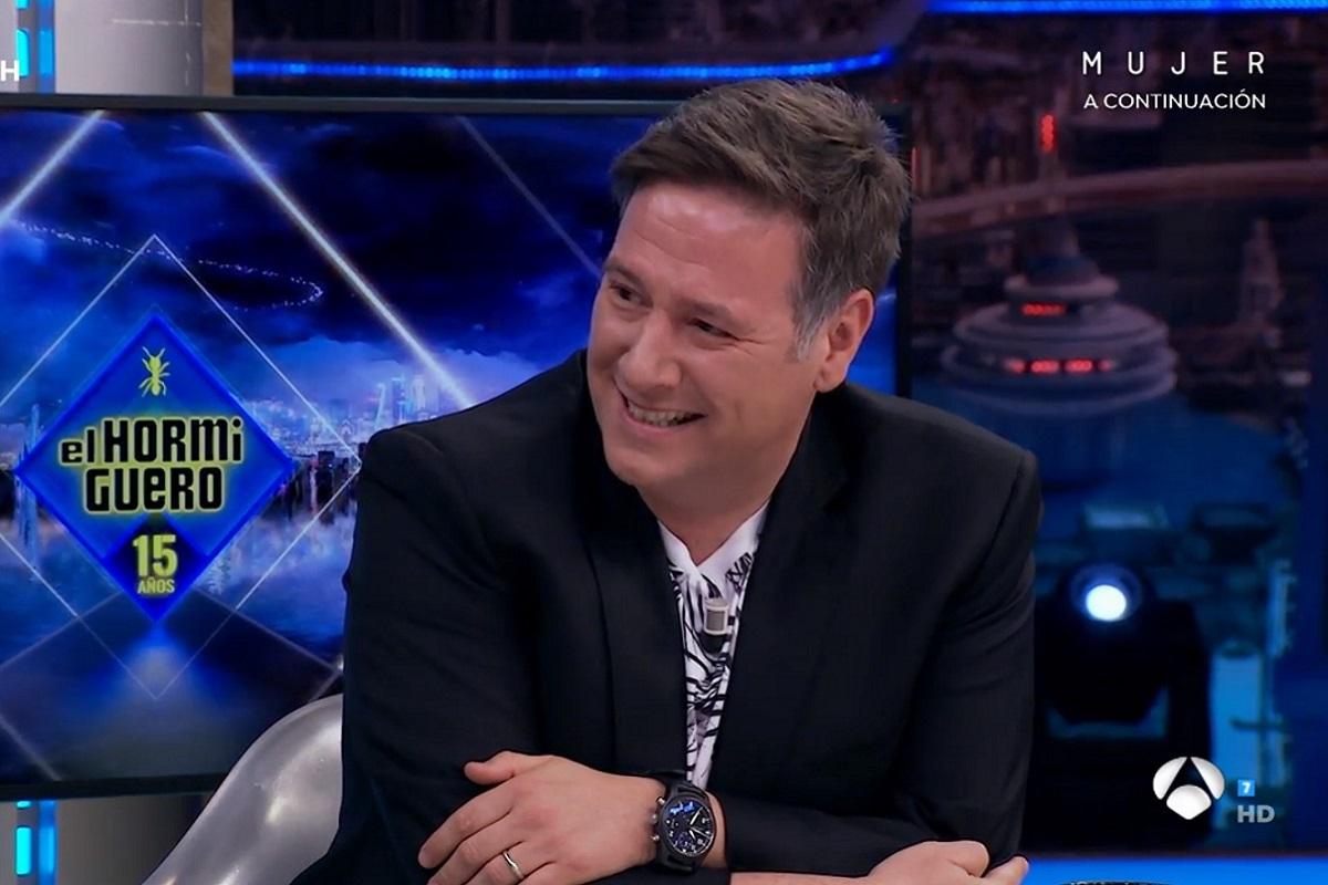 La accidentada entrevista a Carlos Latre en El Hormiguero por las elecciones en Madrid.