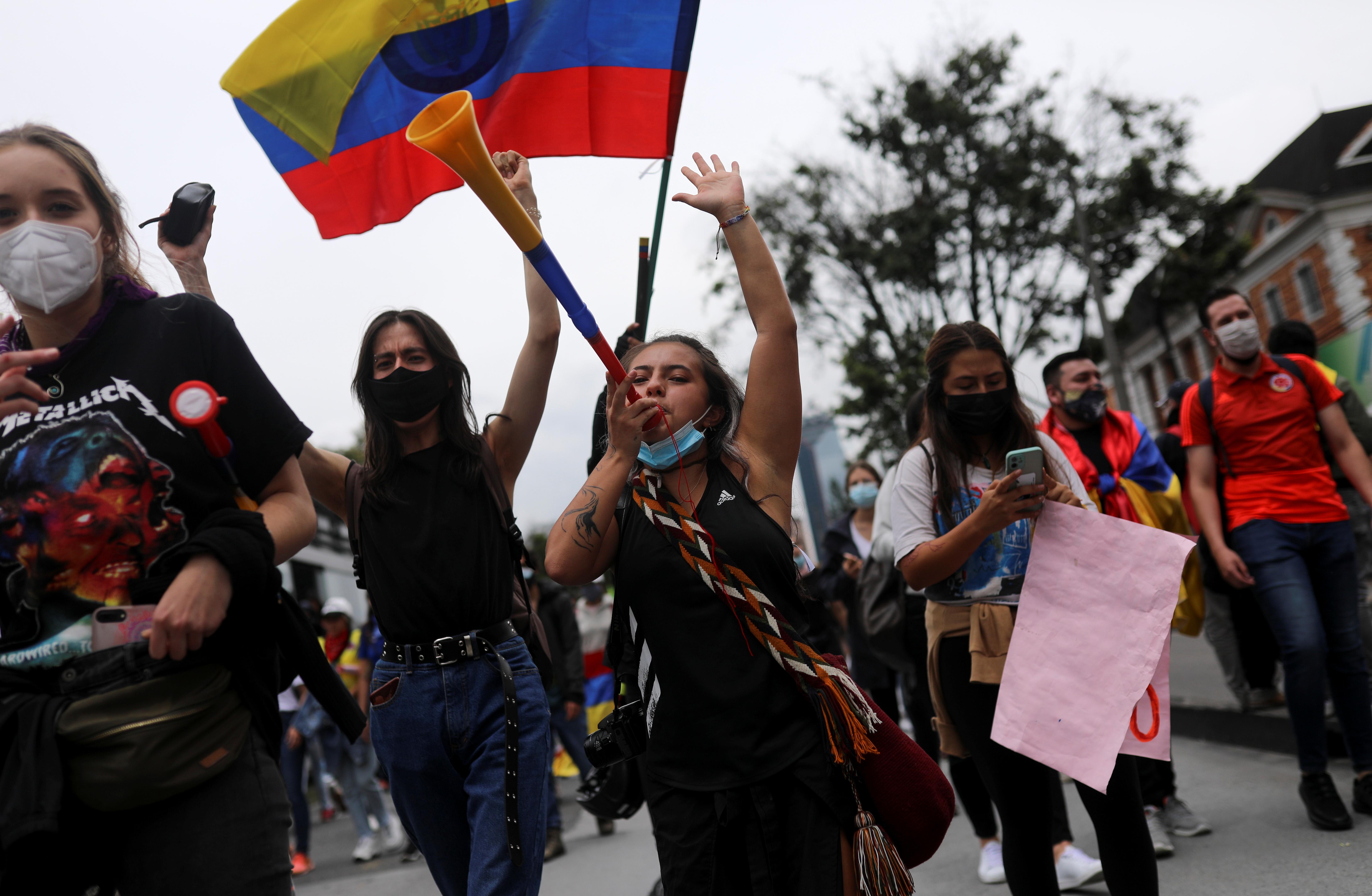 Manifestación contra la violencia policial, en Bogotá.