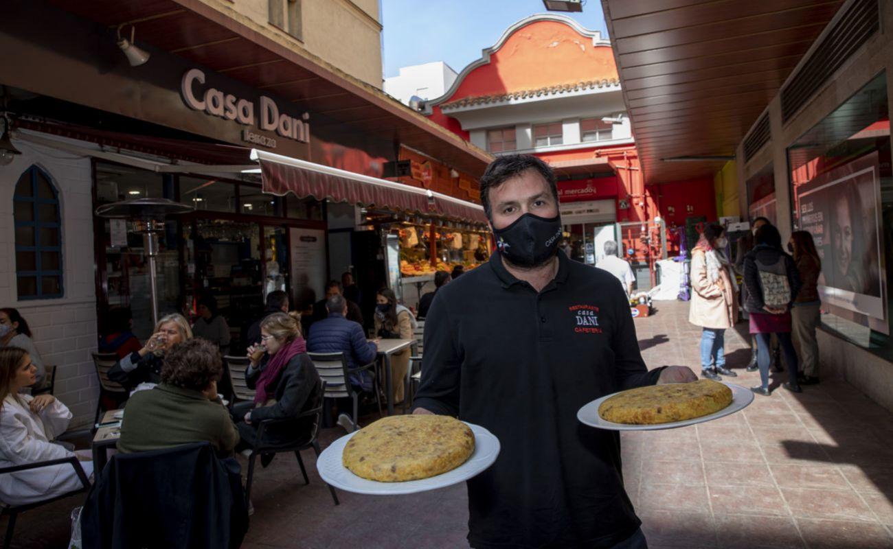Casa Dani: en el mercado de La Paz, su tortilla está entre las mejores de la Villa y Corte.