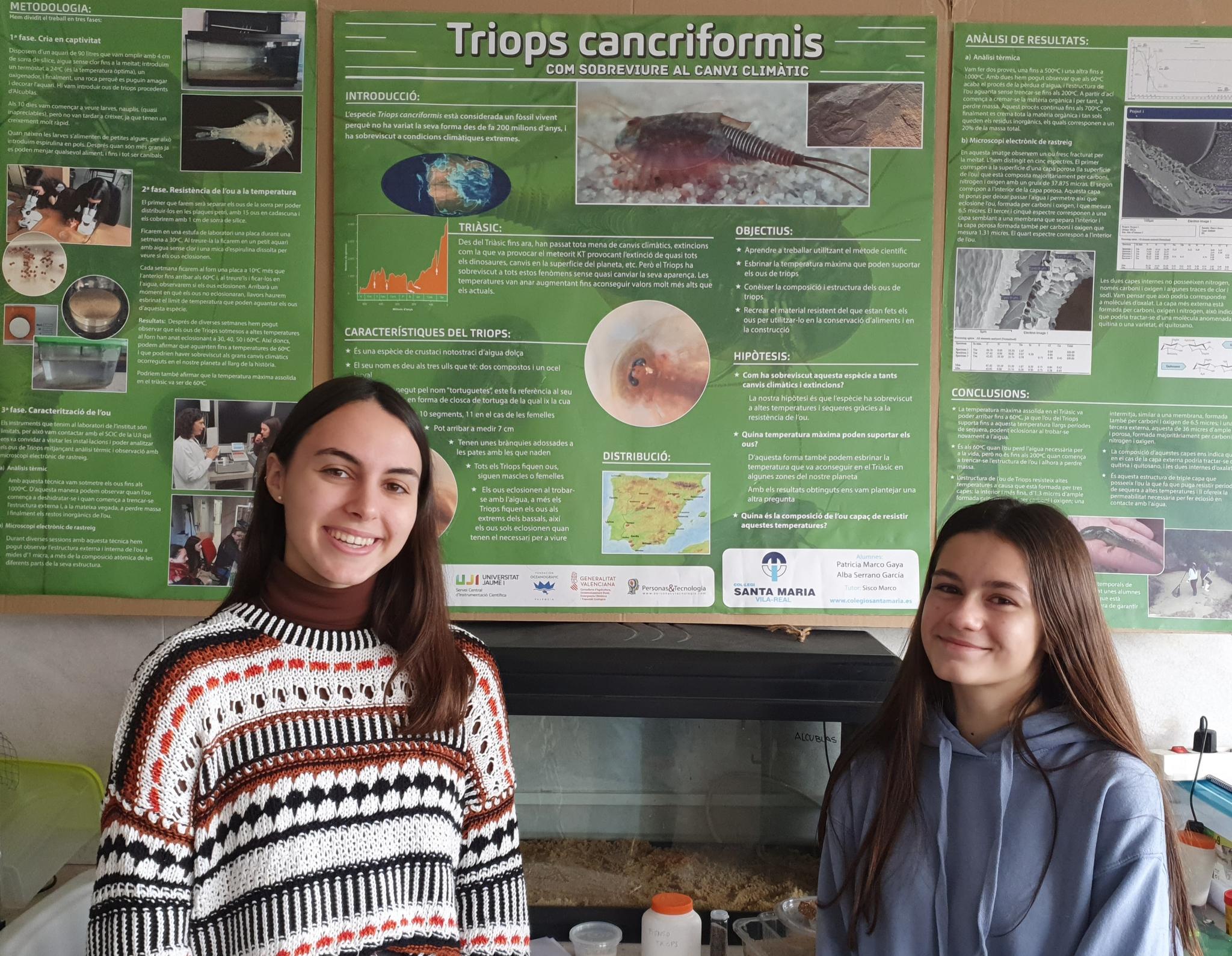 Patricia Marco y Alba Serrano son las dos alumnas del colegio Santa María que han sido seleccionadas.