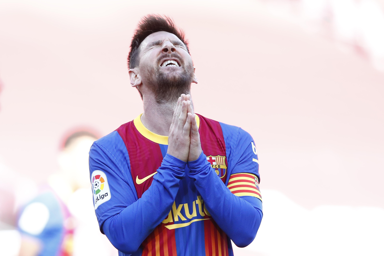 Messi se lamenta tras fallar una ocasión ante el Atlético.
