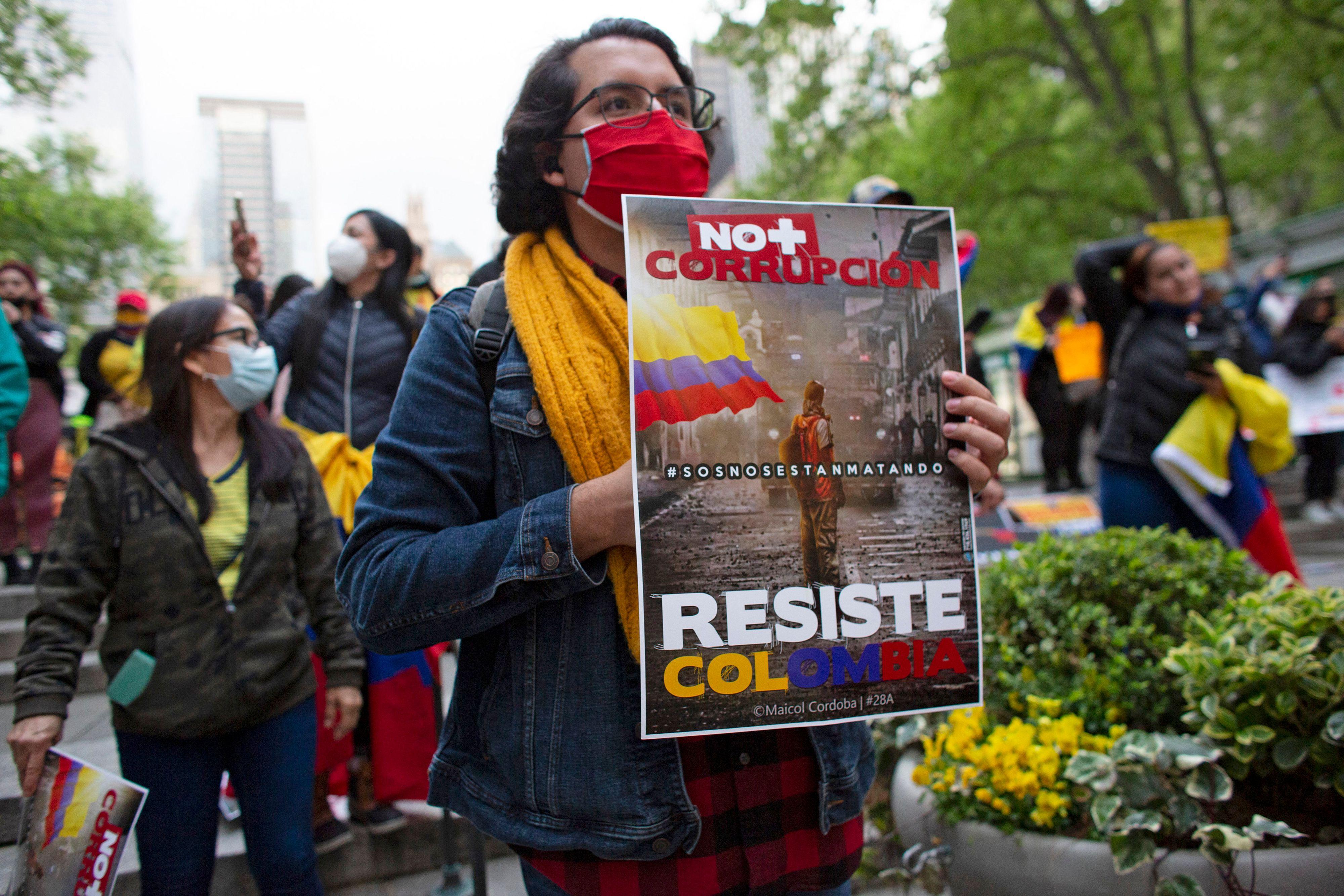 Protesta contra el Gobierno de Colombia en Nueva York.