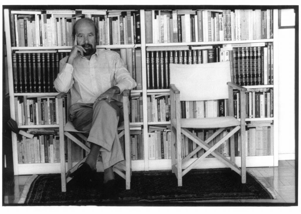José Caballero Bonald, en 1995.