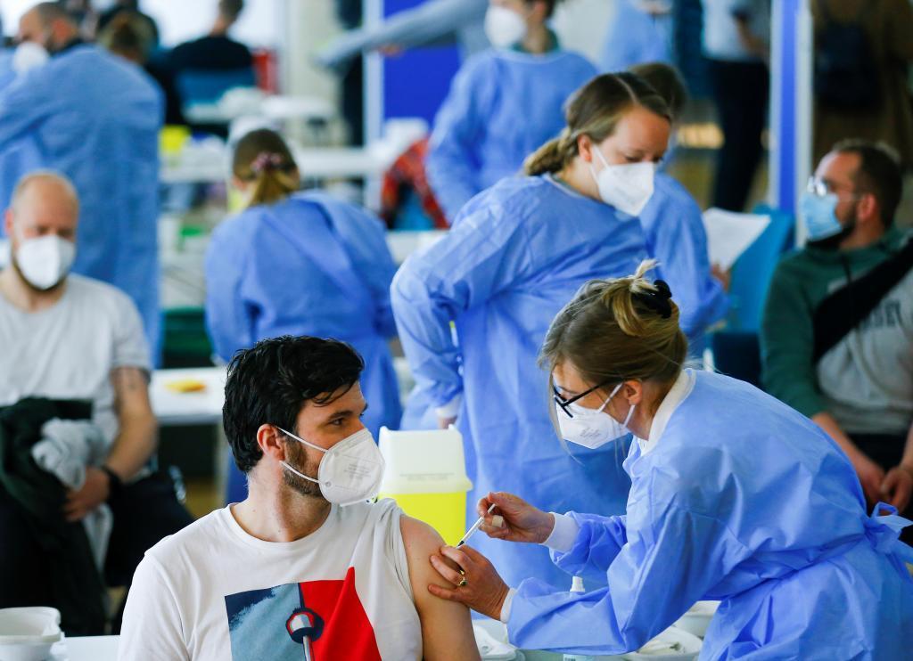 Vacunación contra el coronavirus con AstraZeneca en Alemania.