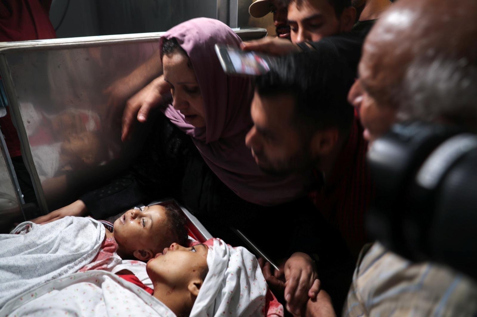 Niños gazatíes fallecidos en la ofensiva israelí de represalia o por un cohete palestino errado.