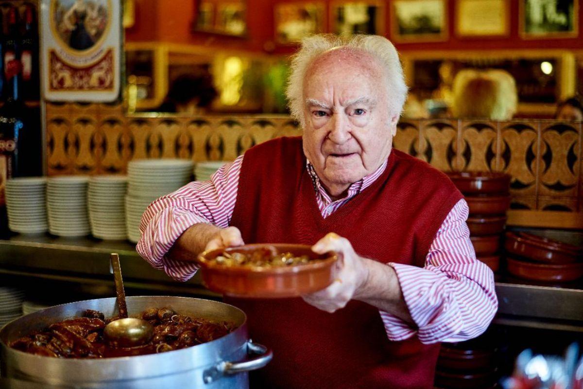 Amadeo Lázaro, dueño de Casa Amadeo Los Caracoles.