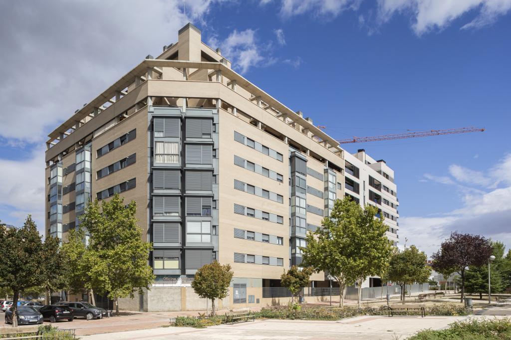 Edificio de viviendas de nueva construcción en Madrid.