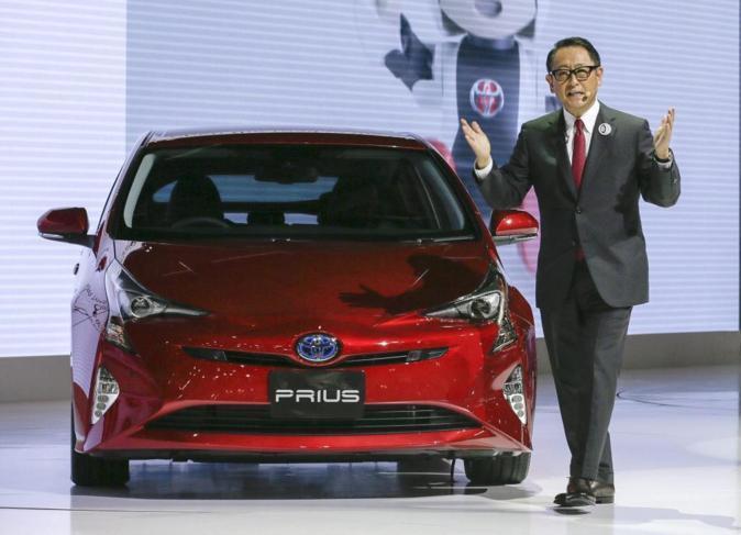 Akio Toyoda, presidente de Toyota Motor. Toyota Prius
