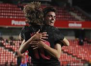 Modric y Miguel se abrazan tras el 0-1.