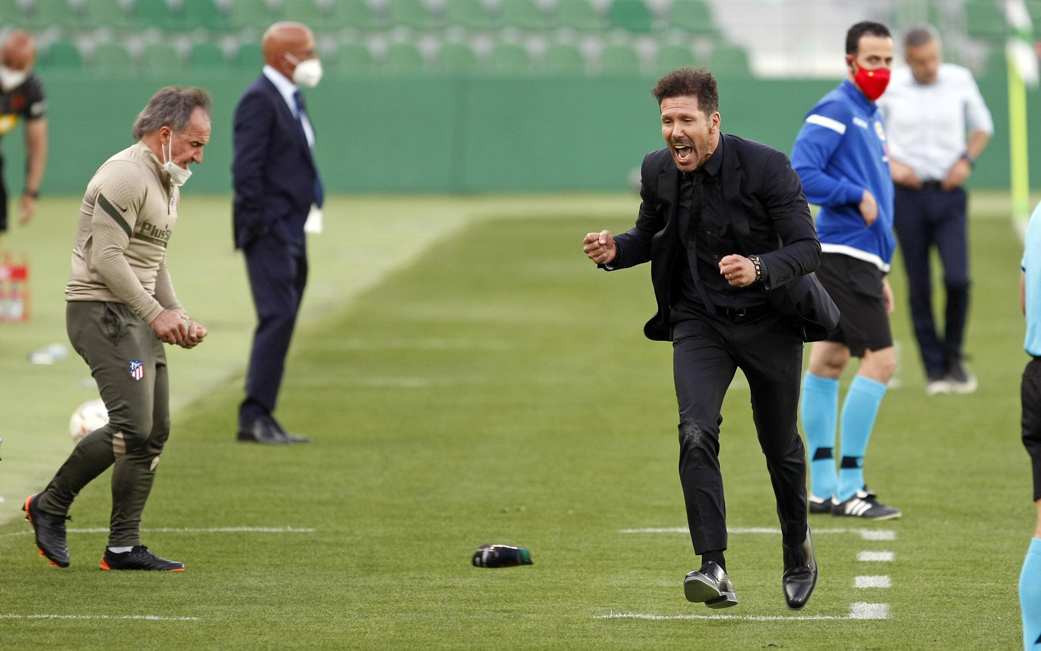 Simeone, celebrando un gol.