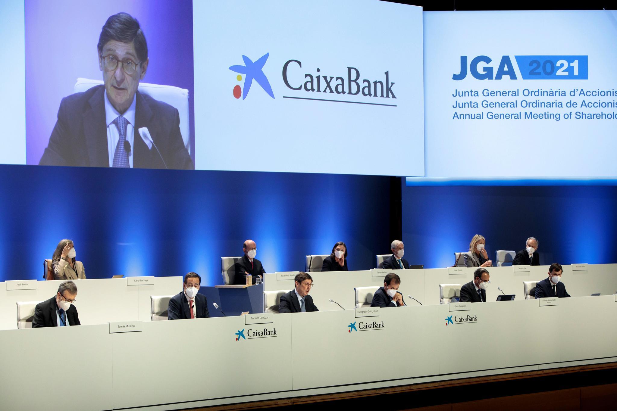 Junta de accionistas de CaixaBank, presidida por José Ignacio Goirigolzarri.