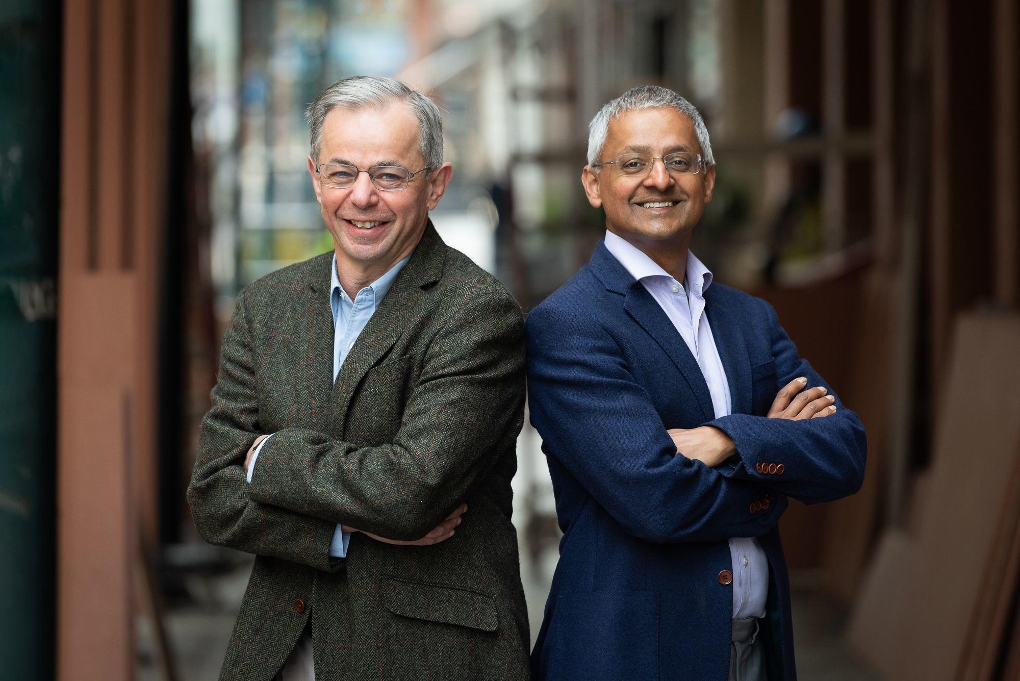 Shankar Balasubramanian y David Klenerman, premiados por la Academia de Tecnología de Finlandia en 2020.
