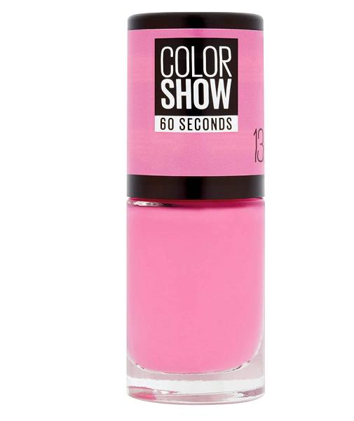 Manicura en rosa: Maybelline.